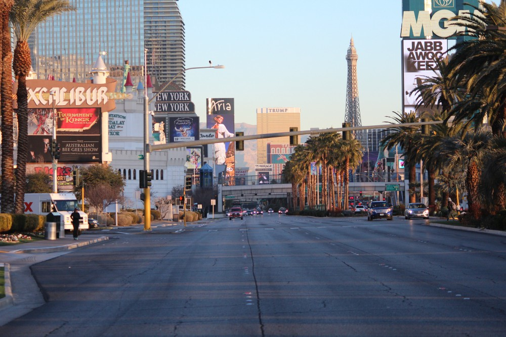 las_vegas_boulevard_from_south
